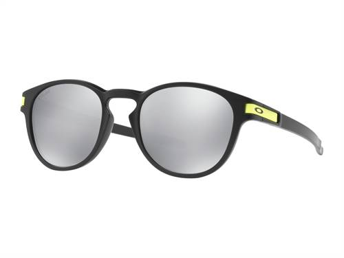 Lunettes de soleil marque Oakley Latch Valentino Rossi Signature Series Matte noir verres Chrome Iridium